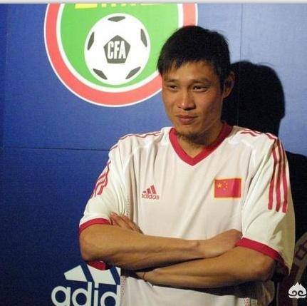 在96年的亚洲杯里,范志毅为什么会骂刘越,让刘
