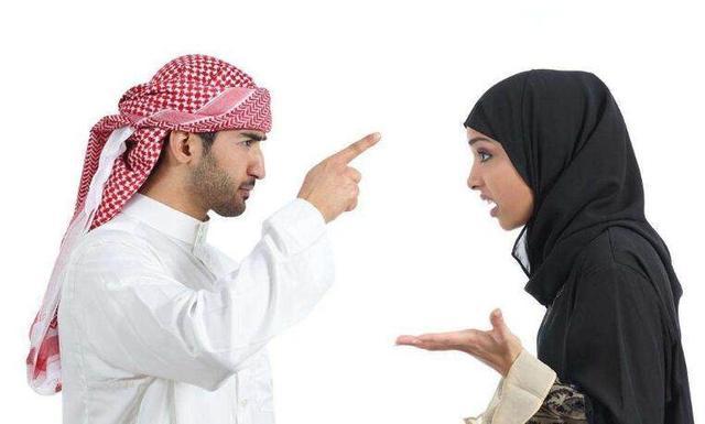 男人婚后为什么会有占有欲?其实就是对女人不