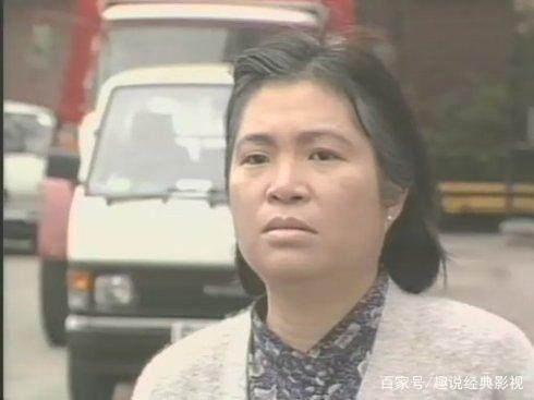 她与黄日华两度饰演母子,83射雕里李萍,义不容