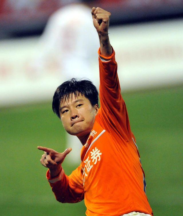 尴尬!近20年中国足球十大高中锋 哪一个都比现