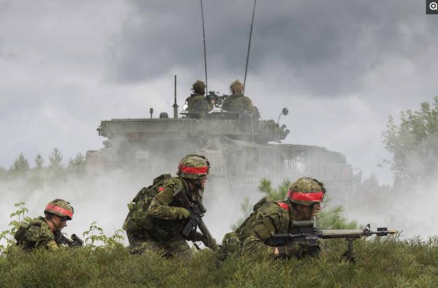 这个国家是世界第二大国家,军费达到1500亿,兵