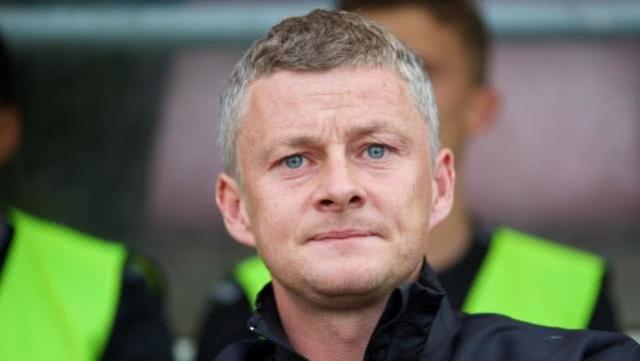 卢卡库:应当任命索尔斯克亚为曼联长期主教练