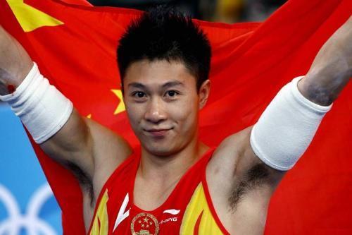 世界体操冠军,因不公待遇而退役!现为国际裁判