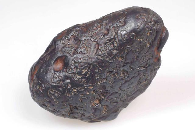"""如何6步分辨""""陨石""""和普通石头?"""