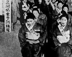 日本留下10万女人,战后全部嫁给了东北人,现如