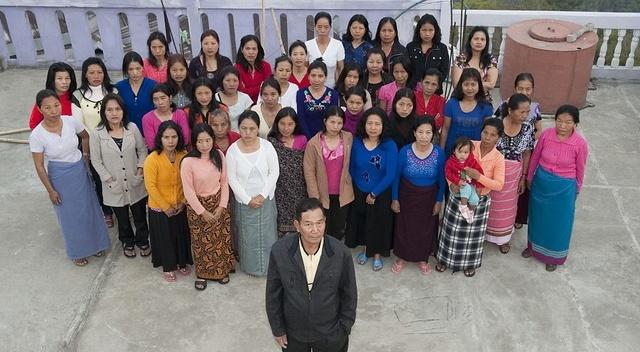 家庭人口数多达181人,堪称世界最大家庭