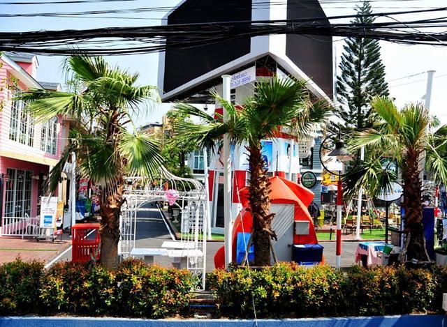 它是泰国的第二大城市,面积仅2万平方公里,人