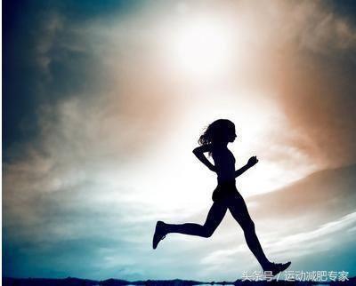 路跑VS跑步机,哪种减肥效果更好