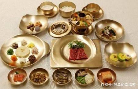 中国人去朝鲜饭店吃饭,结账时服务员的一个动
