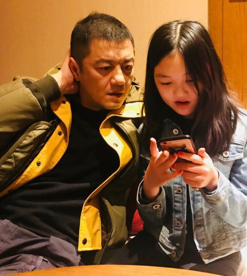 最新消息:李亚鹏欠4000万人民币未还,被列为失