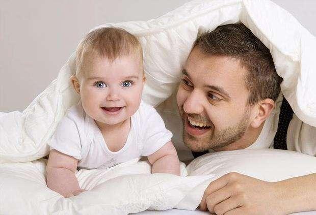 对于出生6个月的宝宝,父母的陪玩是多么重要