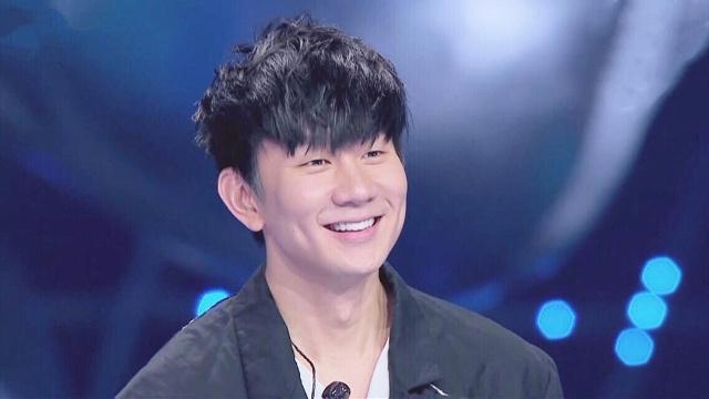 林俊杰3首歌震撼全场,上韩国热搜第1,被韩迷怒