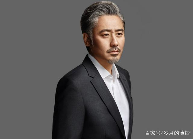 吴秀波以前是做什么的,他是怎么在中年猛窜为