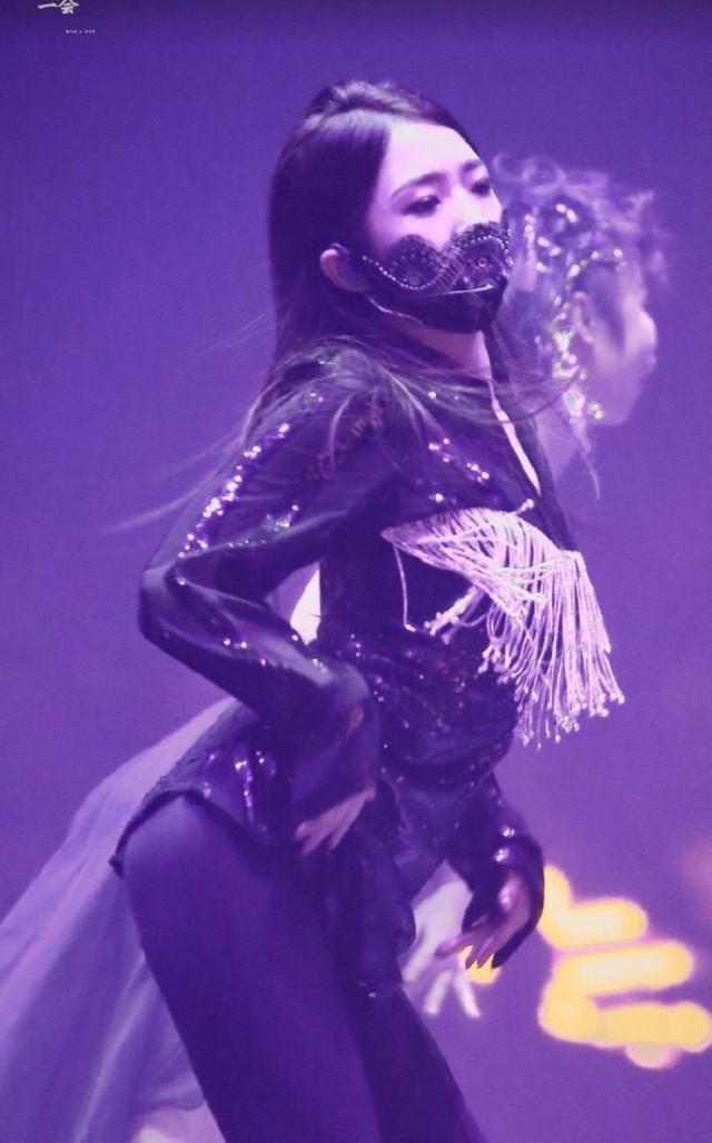 火箭少女演唱会秀出魔性歌,网友:已经被洗脑!