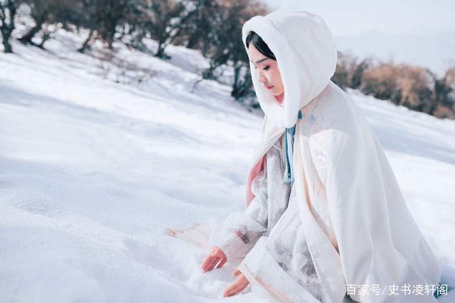 写雪的古诗词有很多,但写雪却没有一个雪字的